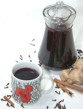 Copo e Jarra de Vinho