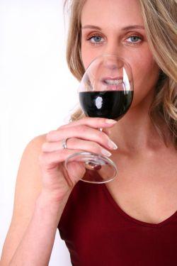 Provando os vinhos