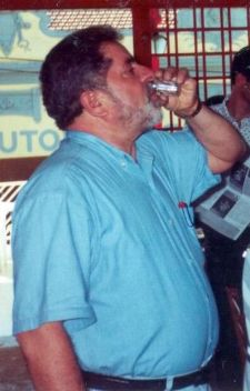 Lula tomando cachaça