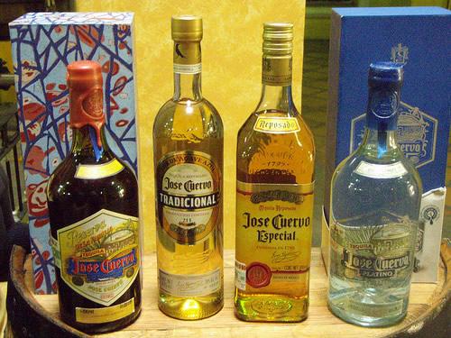 Garrafas de Tequila