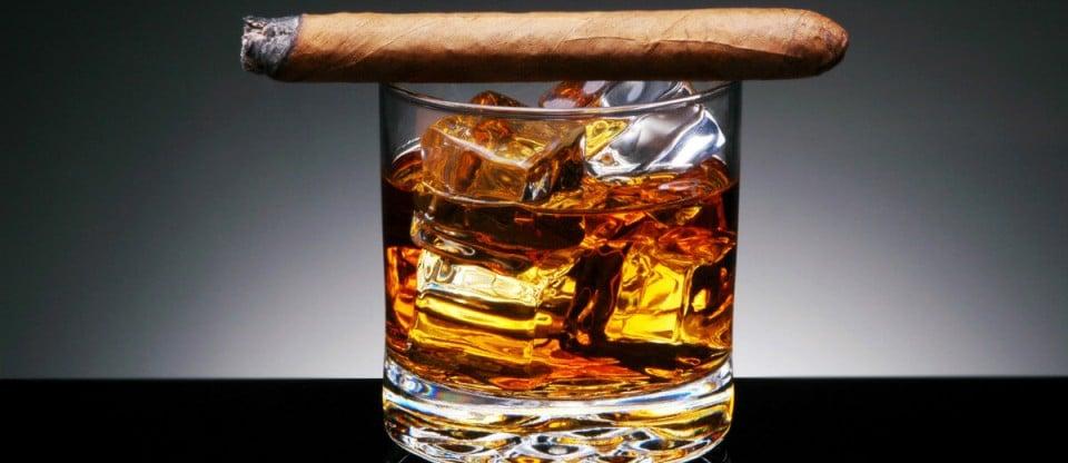 charuto e whisky