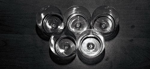 Simbolo das Olimpiadas feita com copos