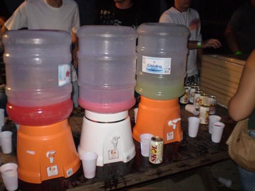 Três jarros de 20L de Sucos Gummy
