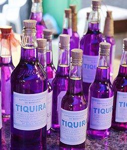 Mais garrafas de Tiquira