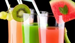 Copos de drinks sem álcool