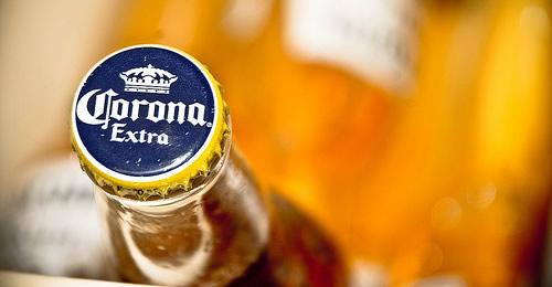 Garrafa da cerveja Corona Extra