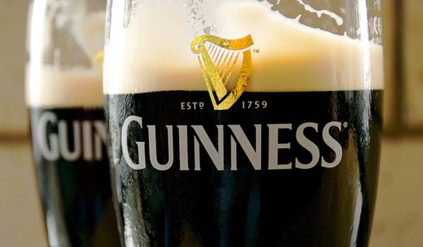 Dois pints de Guinness