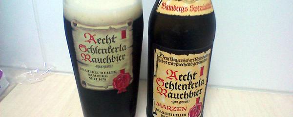 Garrafa e copo da cerveja Aecht Schlenkerla