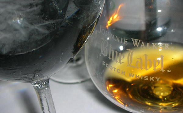 Taças de Johnnie Walker Blue Label