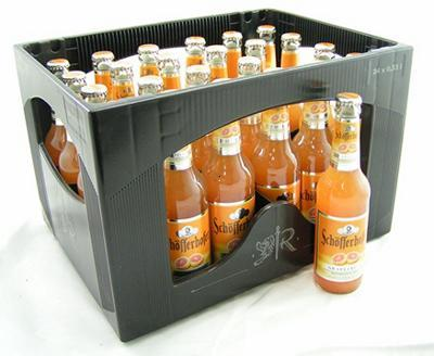 Garrafas da cerveja Schöfferhofer Hefeweizen-Mix Grapefruit
