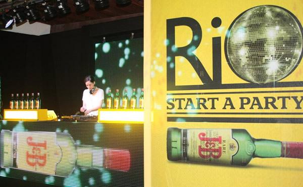 Rio Start a Party