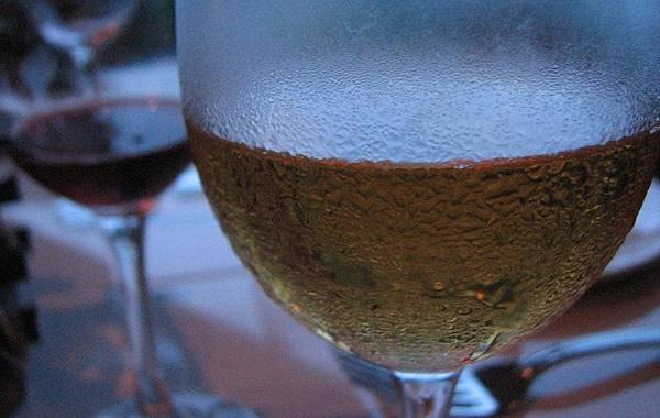 Taça de vinho bem gelada