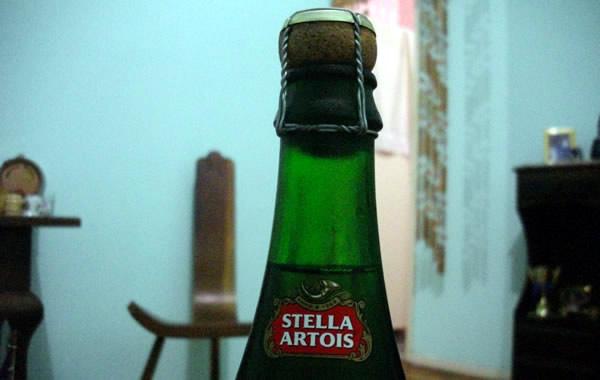 Rolha da garrafa de cerveja Stella Artois