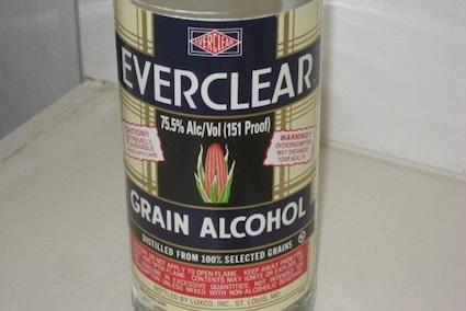 Garrafa de Everclear
