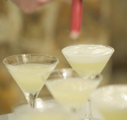 Tacinhas do drink Gin Fizz