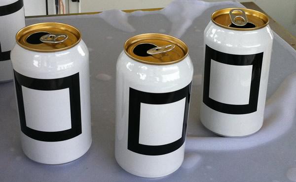 Latas de cervejas quadradas