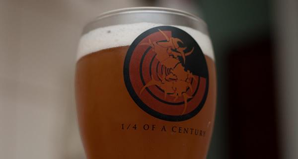 Copo da Sepulweiss, cerveja do Sepultura