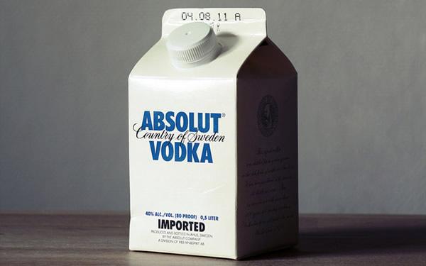 Caixa de leite com Absolut