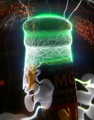 Cerveja com luzes paracendo o Android