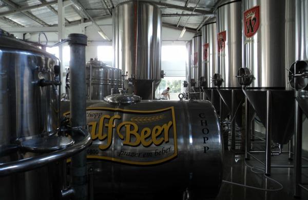 Caldeiras e estacionários para fermentação da cervejaria Wunder