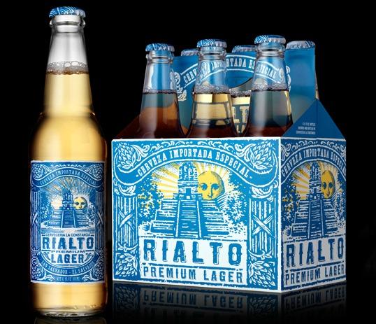 Garrafas da cerveja Rialto