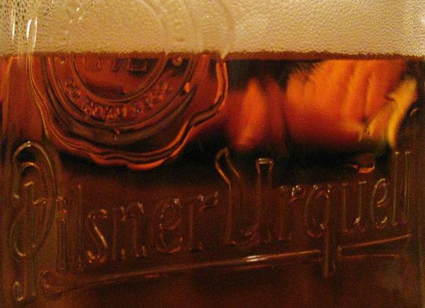 Copo da cerveja Pilsner Urquell