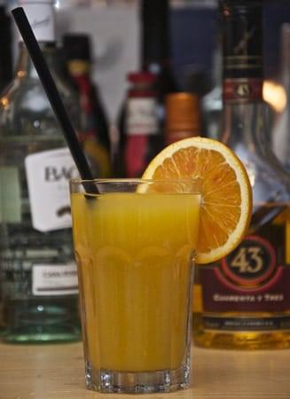 Drink feito com o Licor 43