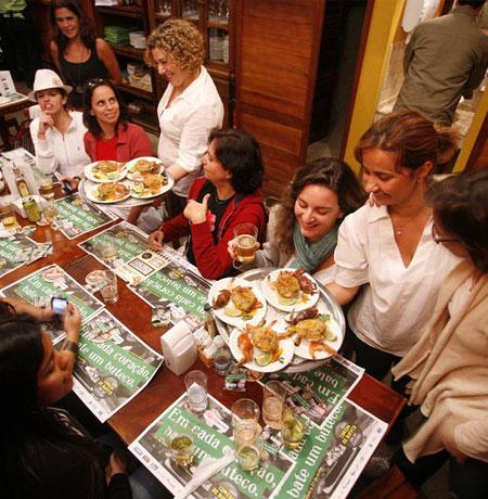 Mulheres no Comida di Buteco