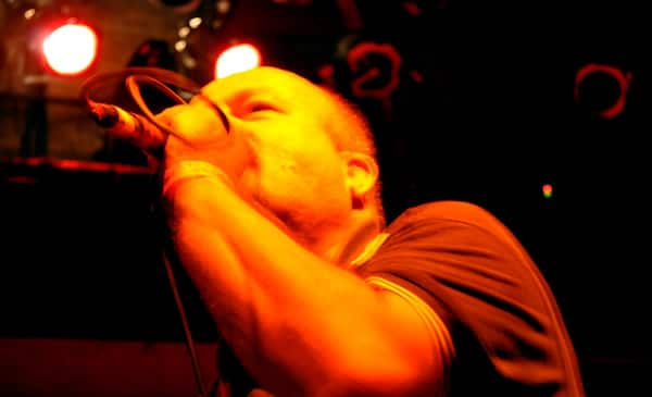Vocalista da banda Garotos Podres