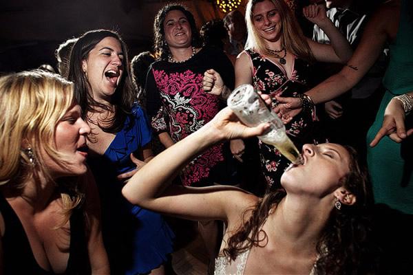 Amigas da noiva bêbadas