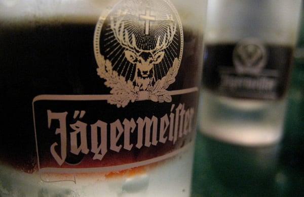 Copos da bebida Jagermeister
