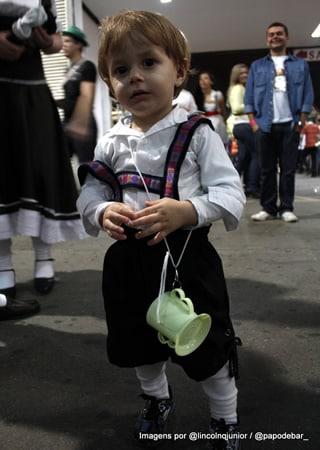 Criança na Oktoberfest