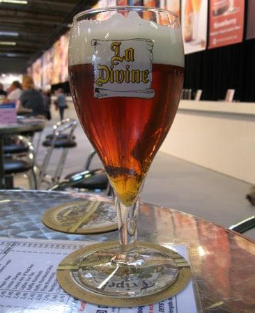 Copo da cerveja La Divine