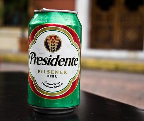 Lata da cerveja Presidente Pilsner