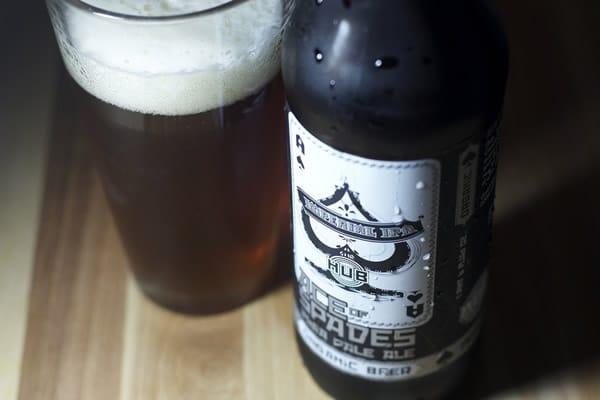 Garrafa de uma cerveja do estilo Imperial IPA