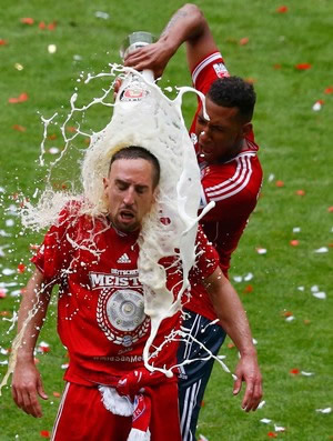 Boateng banha Ribery