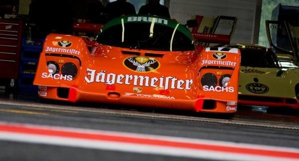 Carro patrocinado pelo Jagermeister