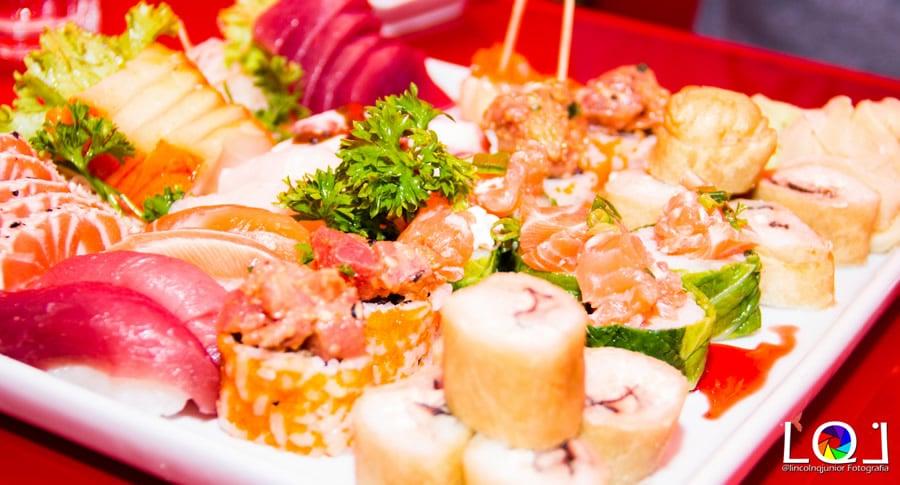 drinks e comida japonesa