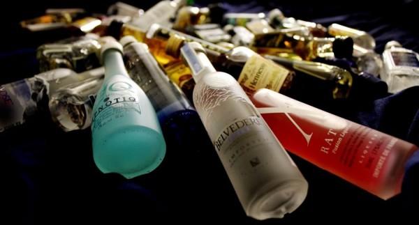 Garrafas de bebidas destiladas