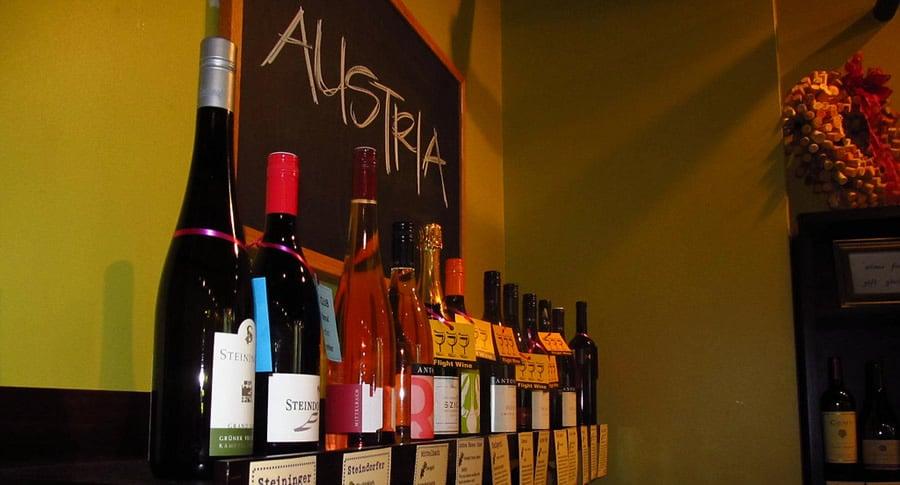 Garrafas de vinhos austríacos