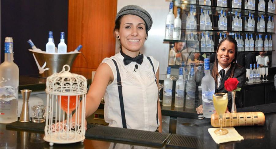 Mulheres bartenders