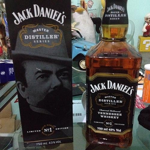 Garrafa do Jack Daniel's Número 1