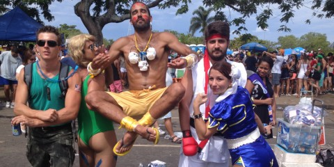 Galera fantasiada de Street Fighter