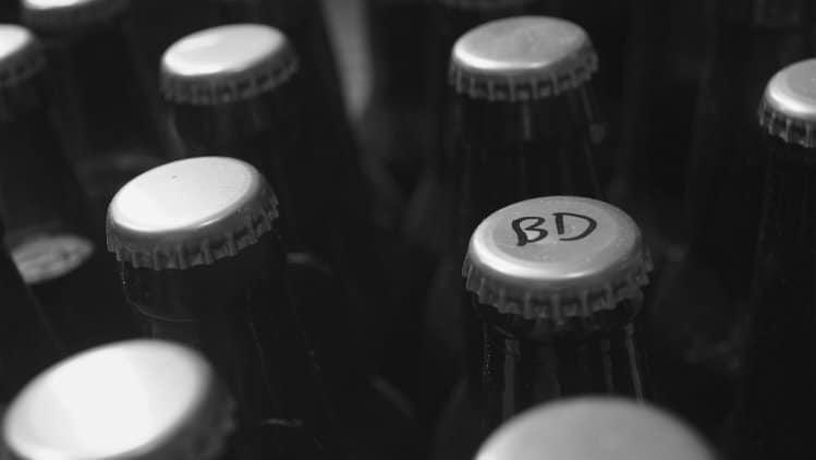 Garrafas de cervejas artesanais