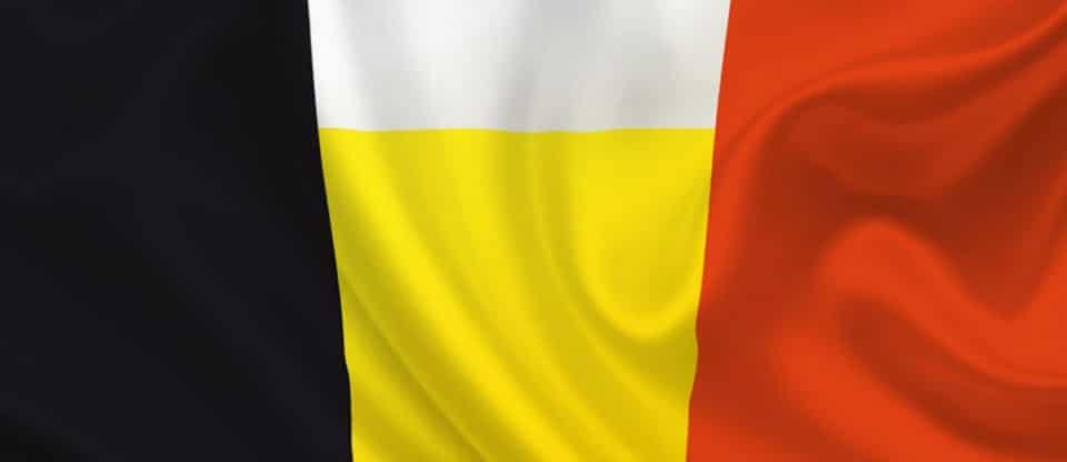 Bandeira da Bélgica com cerveja