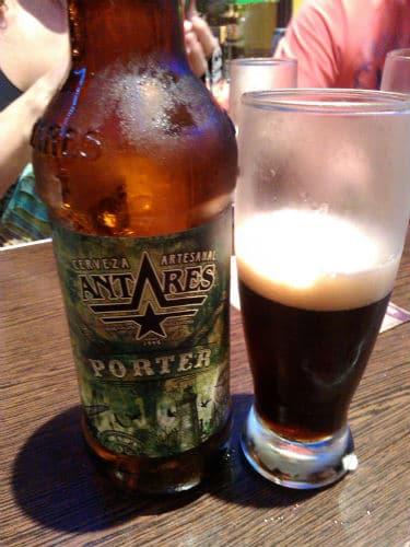 Garrafa da cerveja Antares adquirida no Código Cerveza
