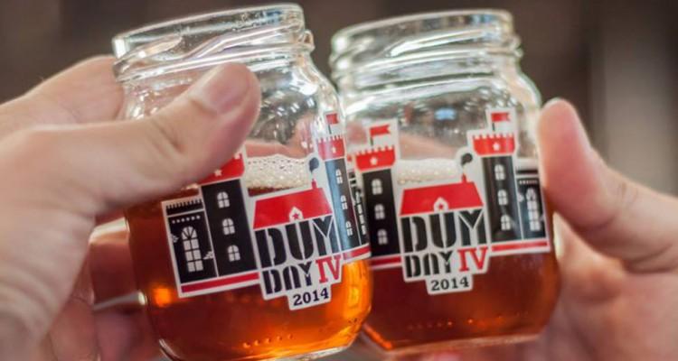 Copos de cerveja do Dum Day IV