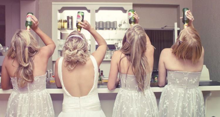 Noivas bebendo