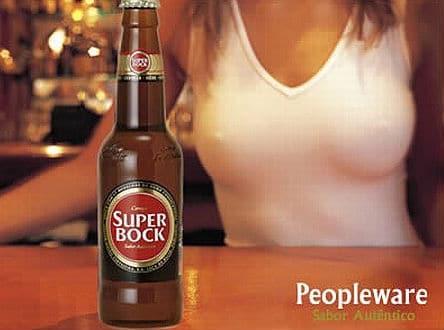 Cerveja Super Bock e peitos