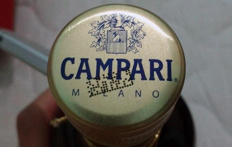 Tampa do Campari